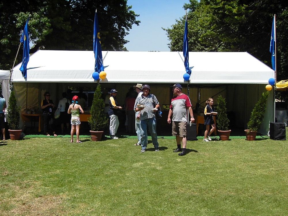 Party Tent - Refreshments Australia Day 6x9m