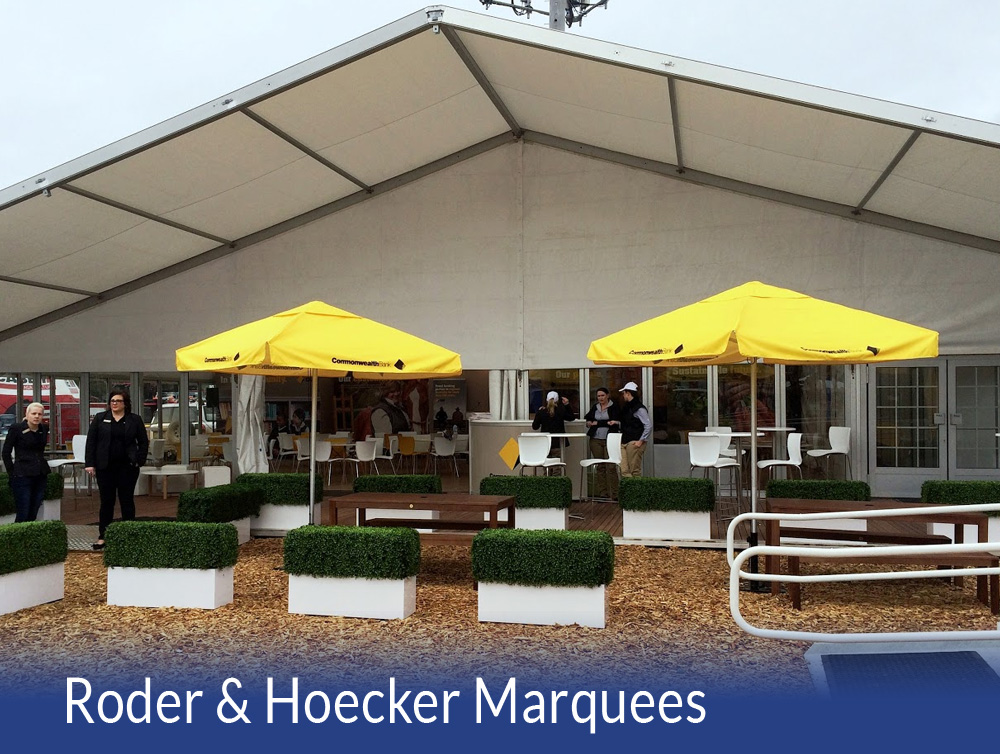 Hoecker Structure 20x15m including a 5m Awning and